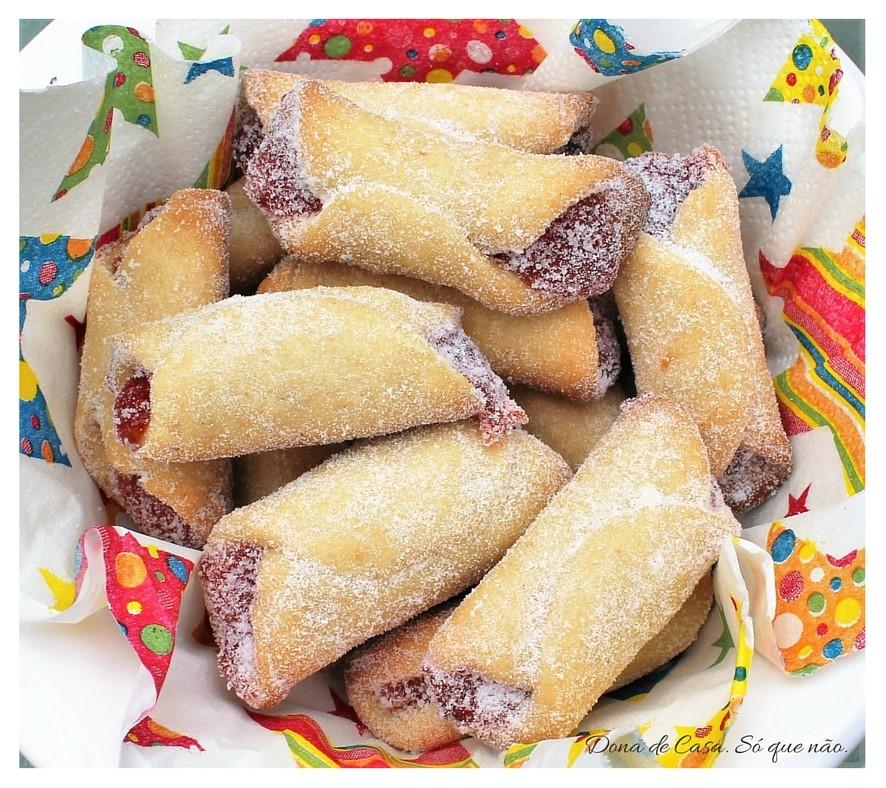 Biscoitos de Goiabada - Lanchinho de férias com gosto de infância.