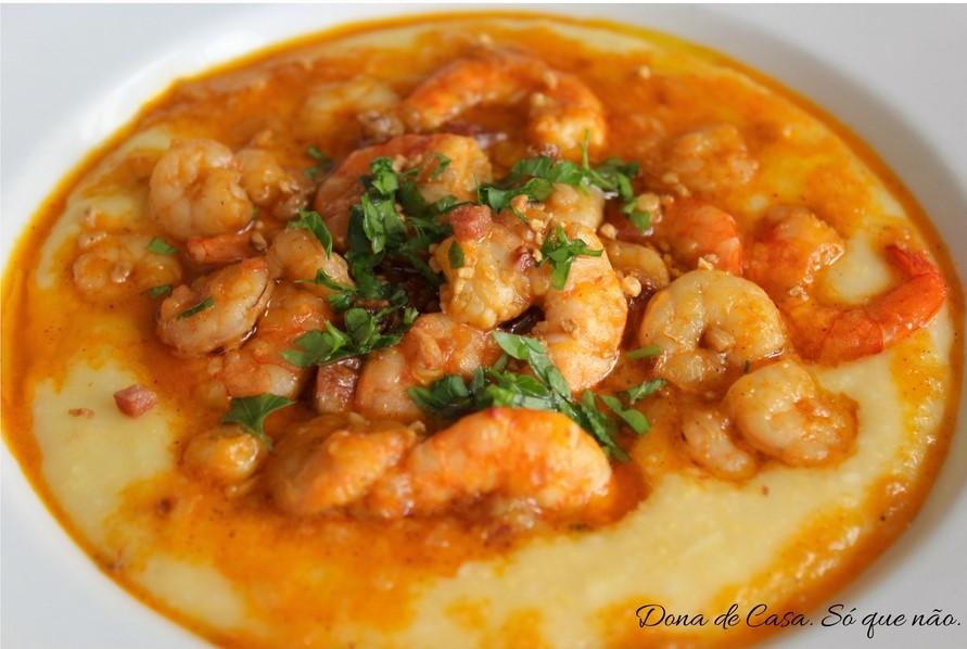 Canjiquinha com Camarão - Shrimp and Grits