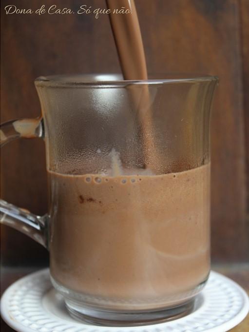 O chocolate quente dos sonhos na SUA casa! 3 Dona de Casa. Só que não.
