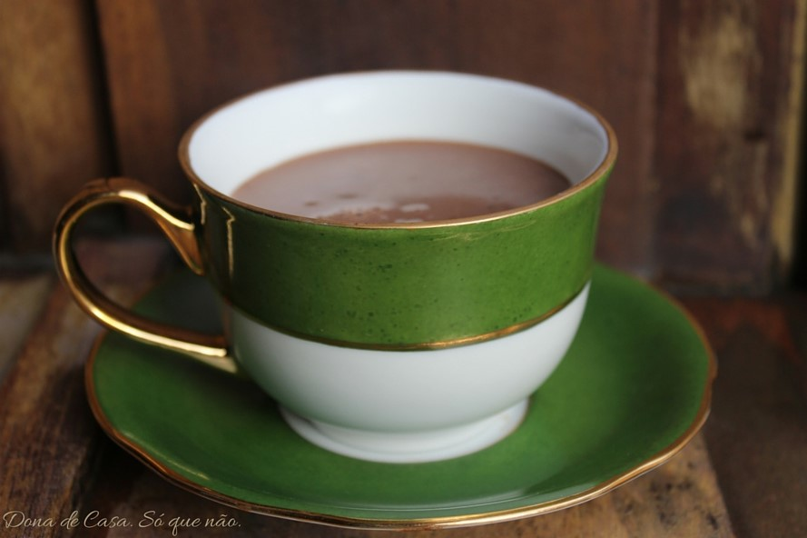 O chocolate quente dos sonhos, na SUA casa!