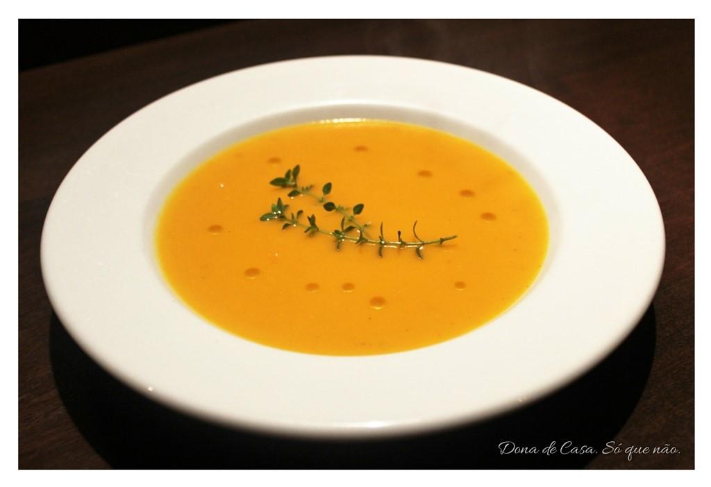 Sopa de Cenoura e Curry