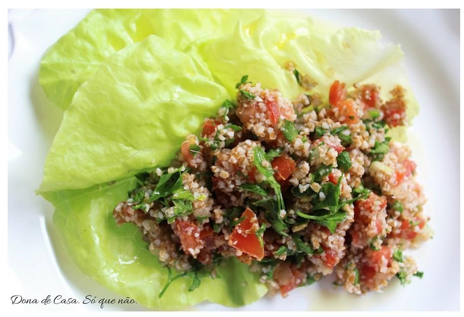 Tabule. Salada fácil e refrescante para um caloor de rachar :)