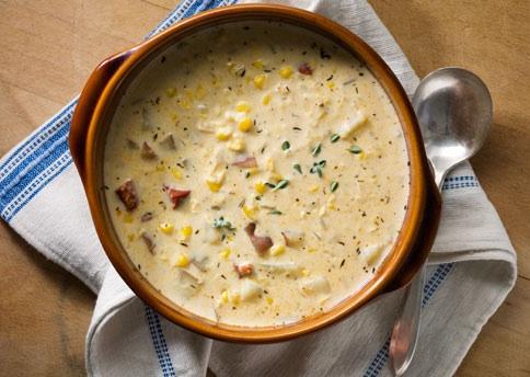 Sopa cremosa de milho (Corn showder)