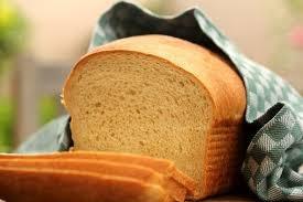 Pão de fubá com leite de coco